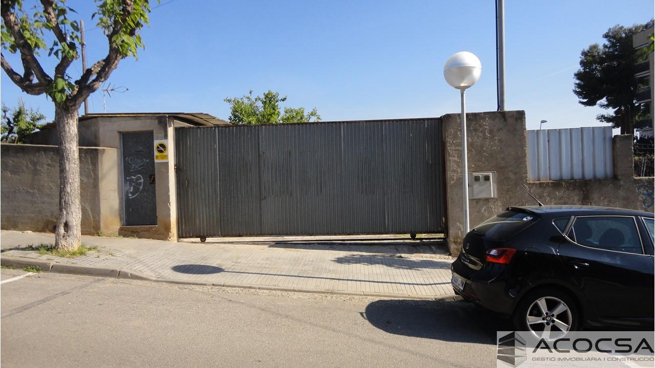 Terreno con almacén Pallejà-172