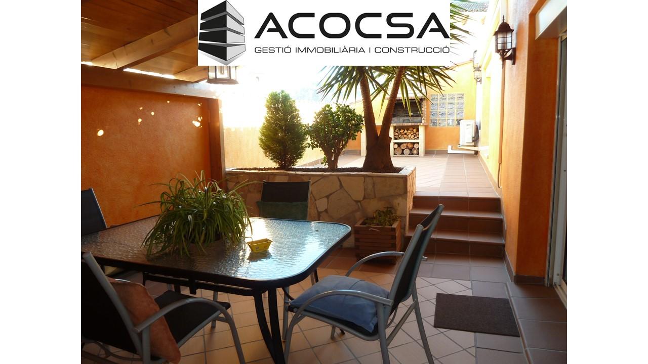 Casa 220m2 en venta Corbera de Llobregat