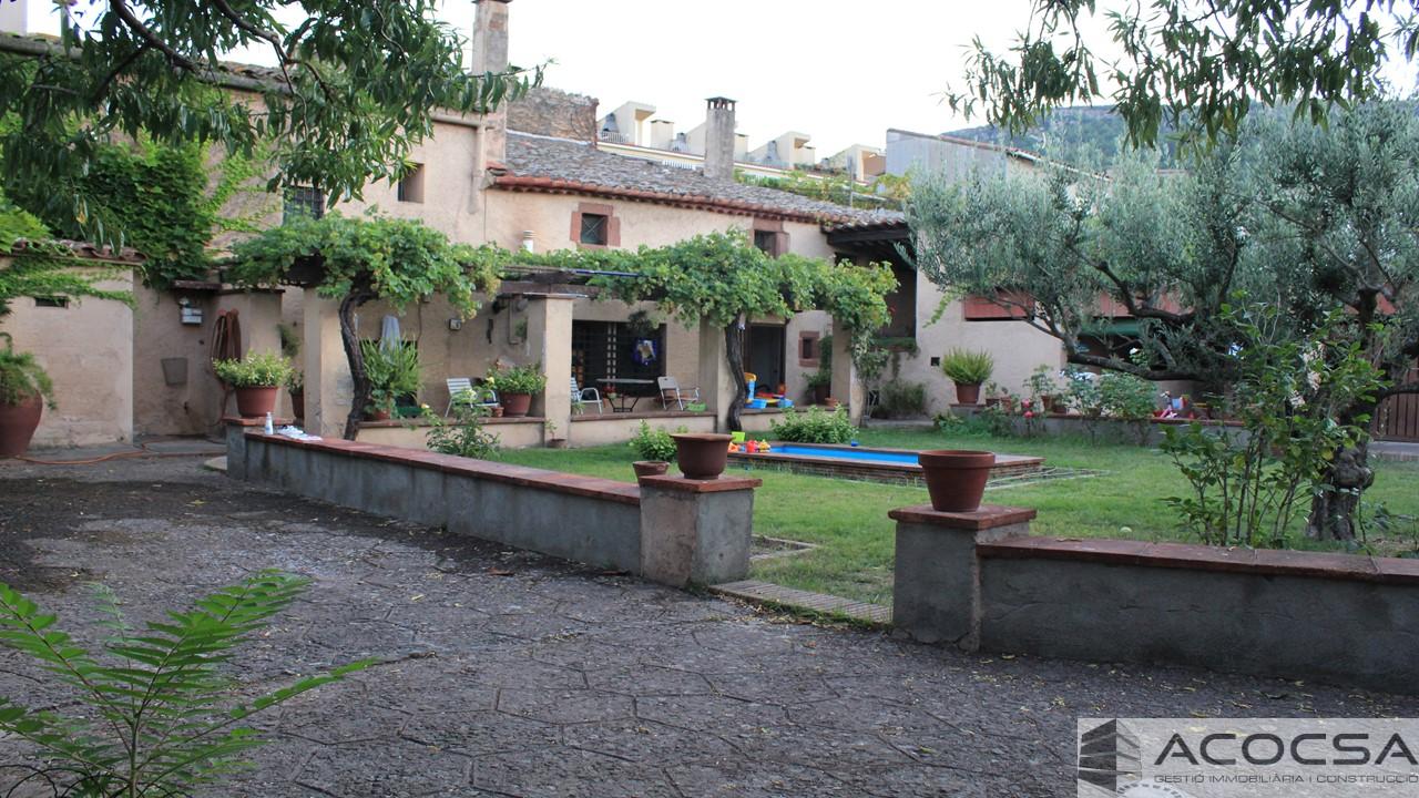 Pallejà-154, Masia en Pallejà centro