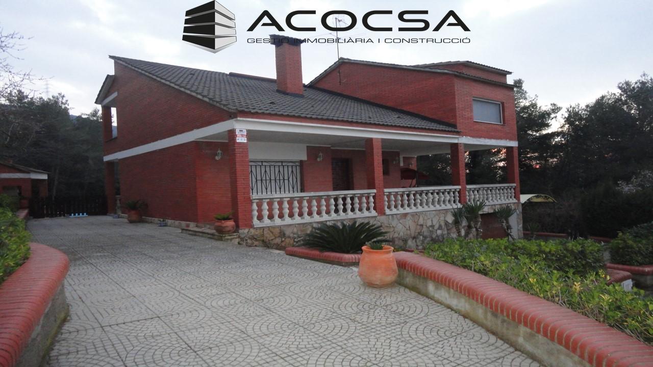 Olesa de Bonesvalls-002 Casa con piscina en parcela de 2438 m2