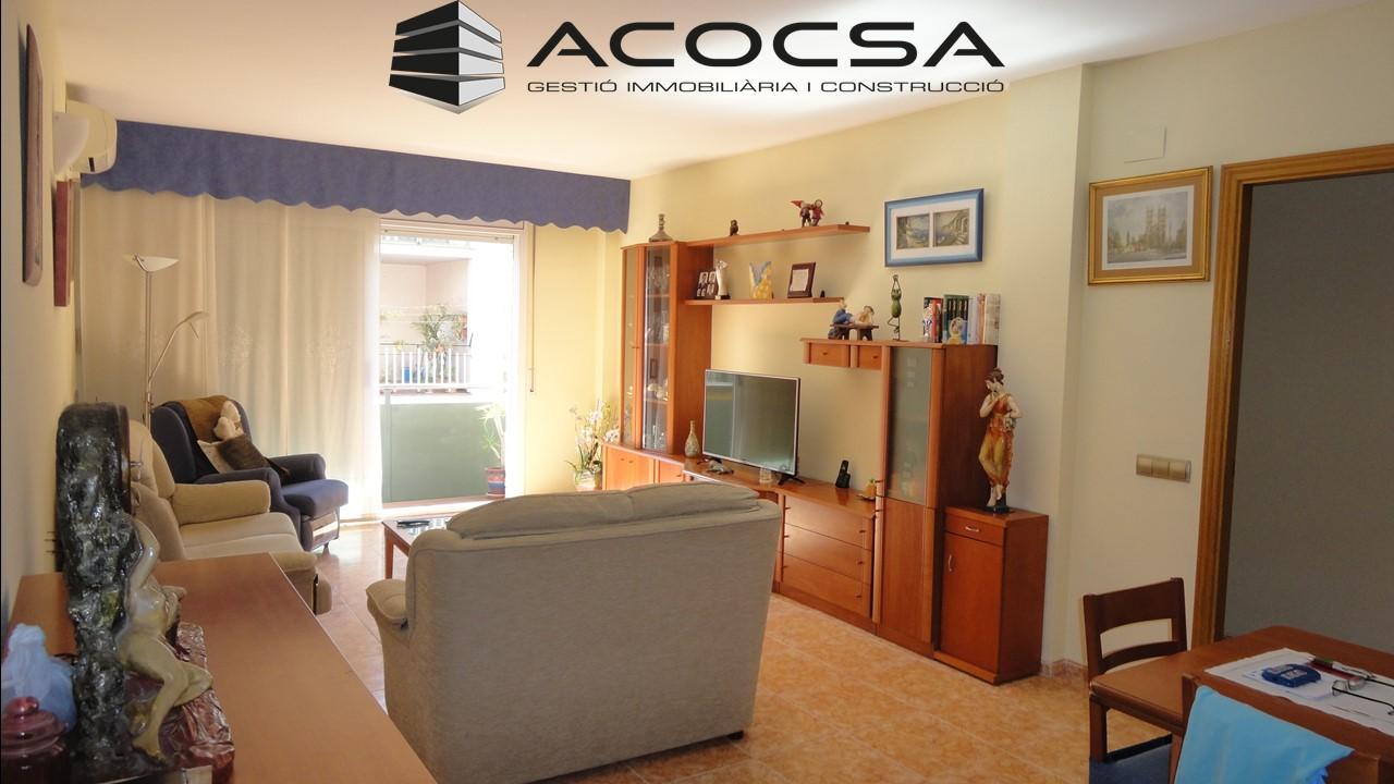 Palleja-209 Piso soleado de 112 m2 con parking y trastero en Pallejà