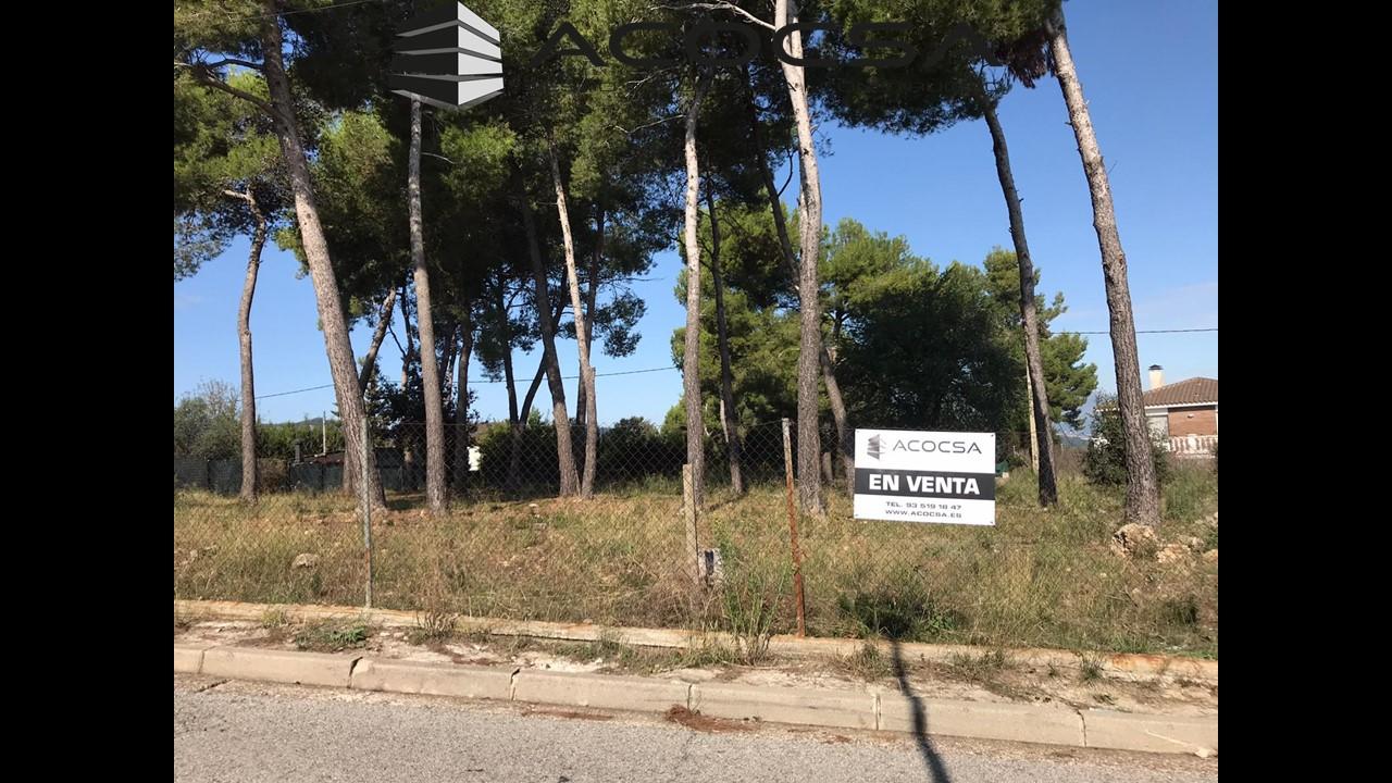 CORBERA-020 Terreno totalmente llano de 763 m2 en Corbera de Llobregat colindante a Fontpineda